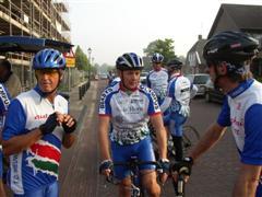 Vertrek fietsclub foto 9