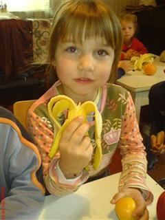 kinderen met fruit 4