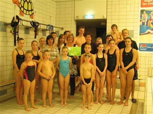 Cheque van zwemclub